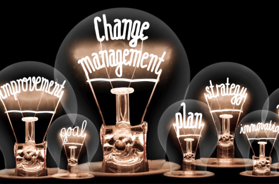 Imagem de lâmpada para ilustrar inovação e mudança